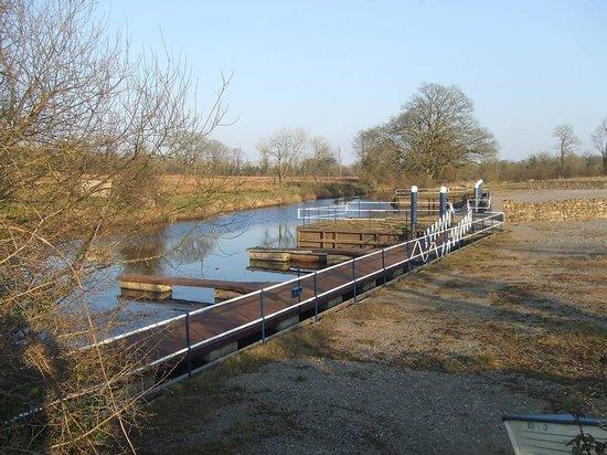 Kilcorby Log Cabins : River