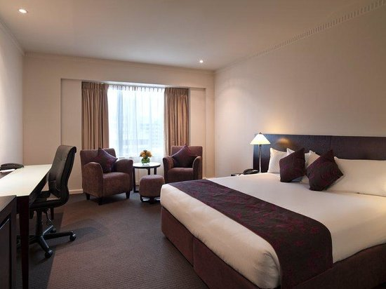 Hotel Grand Chancellor Adelaide on Hindley : HGCAHExecutive Room