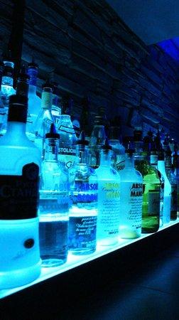 89 North: Bar