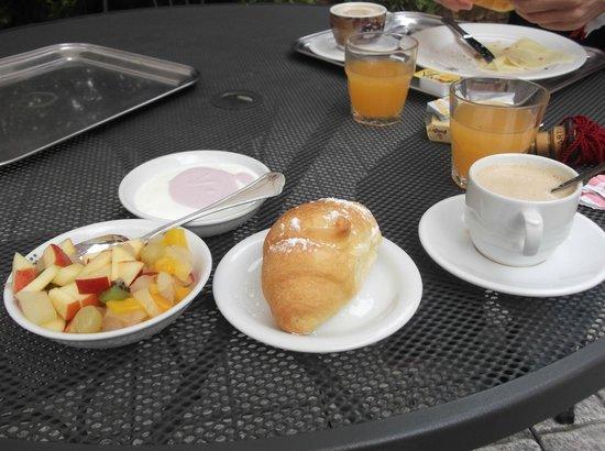Hotel Belle Arti: Breakfast