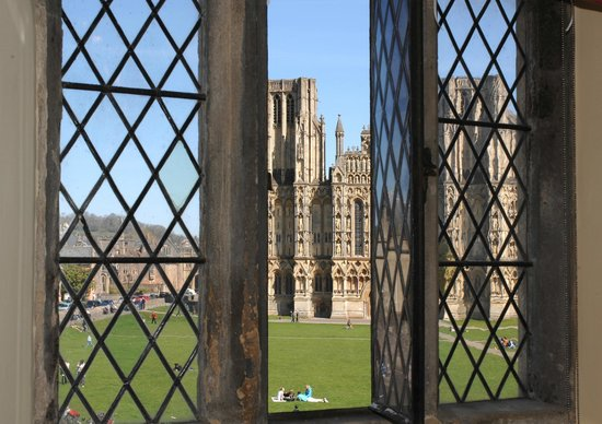 Ancient Gate House Hotel: View of Wells Cathedral