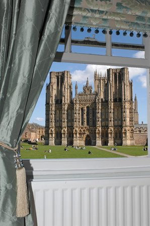 Ancient Gate House Hotel : View of Cathedral