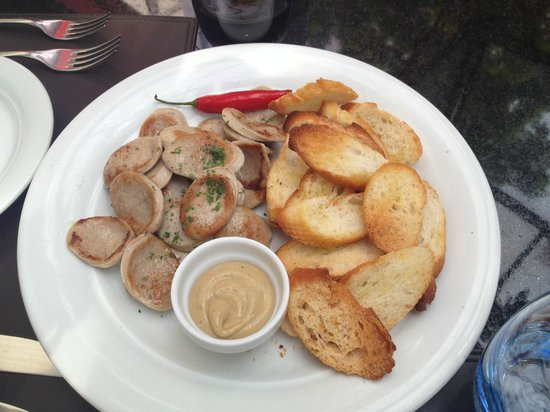 L'Amitie: Grilled veal sausage