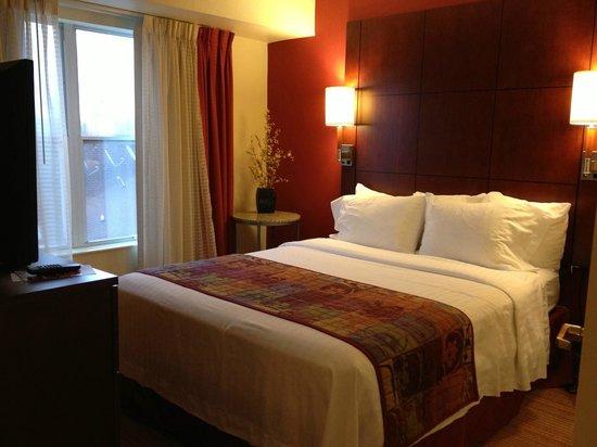 Residence Inn Macon: Queen Bed
