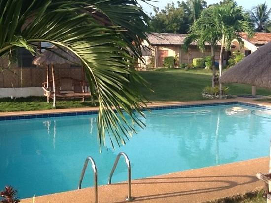 Bodos Bamboo Bar Resort: The pool