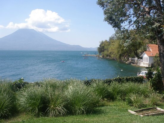 Los Elementos Day Spa: Volcano and Lake View