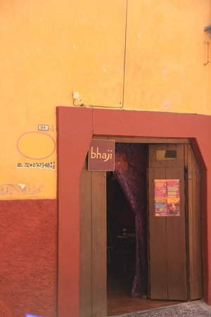 Bhaji: Entry gate of the restaurant..