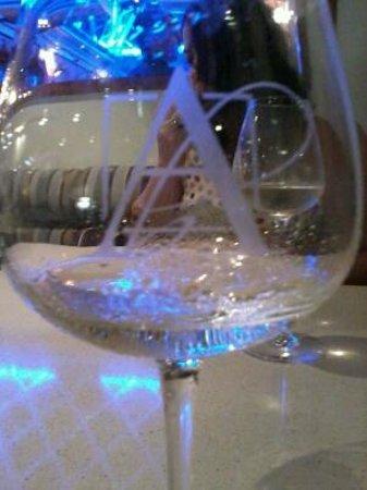Bistro Alegria: Alegria wine glass