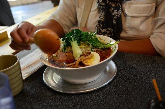 Suzu Noodle House : Spicy ramen