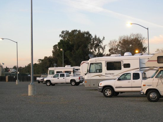 Full branchement RV sites Californie