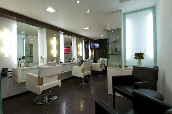 The Ummed Ahmedabad: Unwind Salon