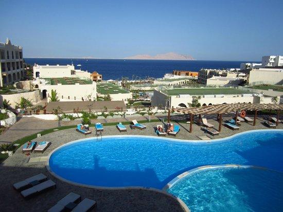 piscina foto van sunrise grand select arabian beach resort sharm el sheikh tripadvisor. Black Bedroom Furniture Sets. Home Design Ideas