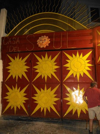 Casa Del Soul: Entry gate