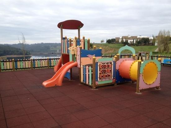 Montebelo Aguieira Lake Resort & Spa: parque infantil