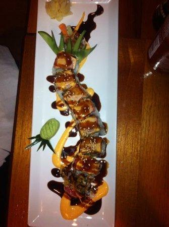 Bento Box: sushi roll