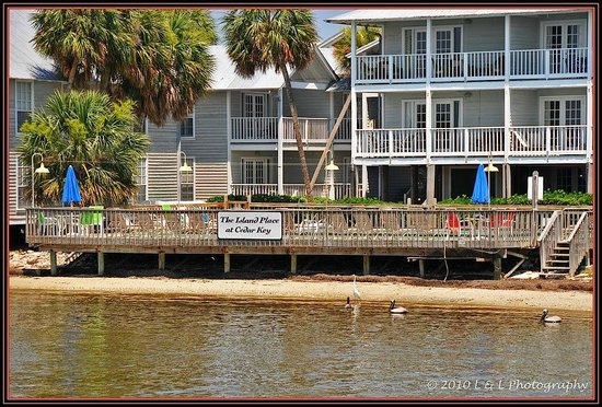Island Place Cedar Key Reviews