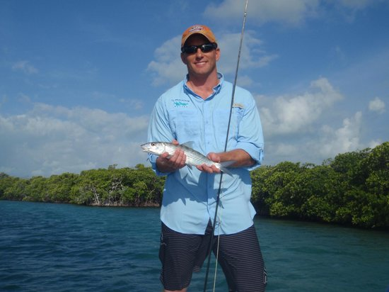 El Pescador Resort: Bonefish caught!