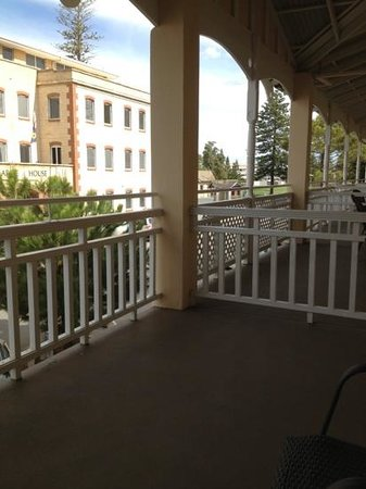 Esplanade Hotel Fremantle - by Rydges: decent size balcony to watch all the trendy people, lol