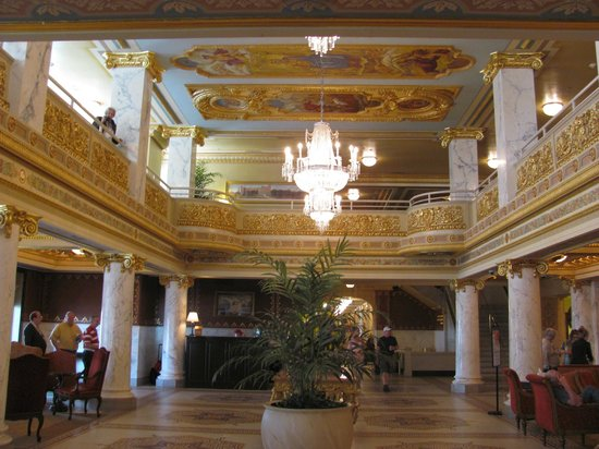 West Baden Springs Hotel: French Lick Resort