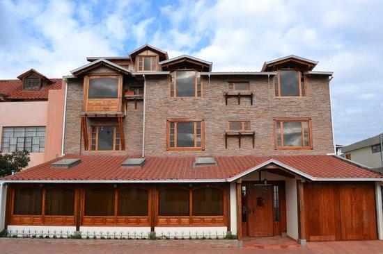 Hotel Bella Casona: Parte frontal