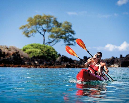 Four Seasons Resort Maui at Wailea : Kayaking on Wailea Beach