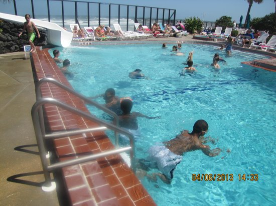 Sun Viking Lodge: outdoor pool