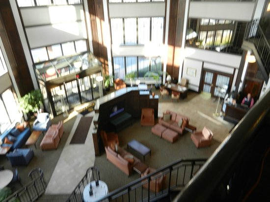 Inn at Saint Mary's: Lobby and Atrium