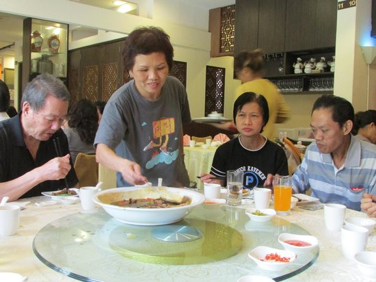 Chin Lee Restaurant: Going for second serving