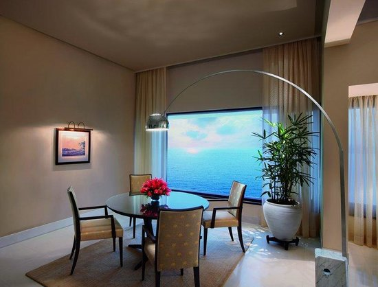 The Oberoi, Mumbai: Kohinoor Presedential Suite Dining Room