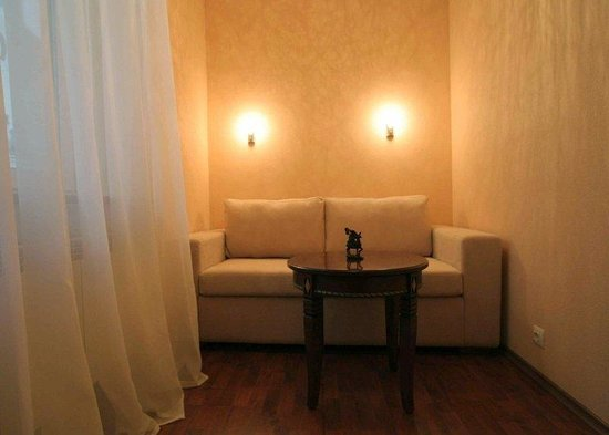 Ave Caesar On Konushennaya: Suite Sitting Room