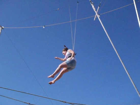 "Trapeze Las Vegas: ""falling"" down to the net is as fun as I imagined!"
