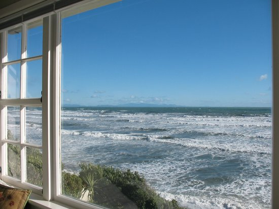 Killara Homestay: South Island from the guest lounge