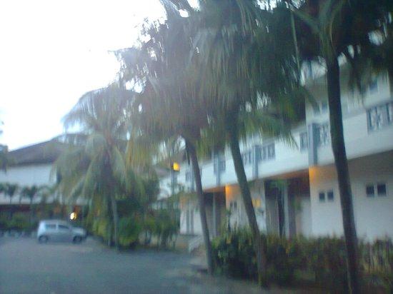 Lanjut Golden Beach And Golf Resort