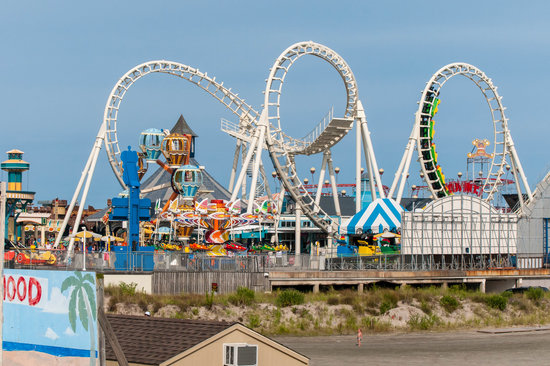 Morey's Piers and Beachfront Water Parks : One of the Piers