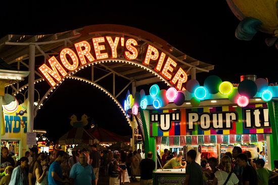 Morey's Piers and Beachfront Water Parks : Morey's Piers Offers Tons of Fun