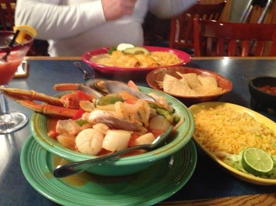 Los Domingos Mexican Restaurant: My SIETE MARES SOUP