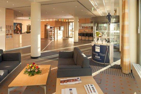 Dorint Adlershof Berlin: Lobby