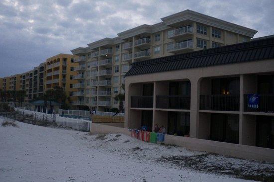 Hampton Inn Ft. Walton Beach: beach outside of Hampton Inn, Ft. Walton Beach, FL