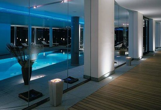 Hotel Madlein: Pool view