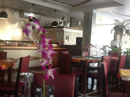 Le Vieux Nice Inn: dinning area