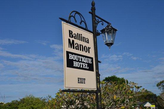 Ballina Manor Boutique Hotel: Sign