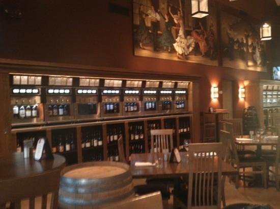 Bottlest Winery, Bar & Bistro: Winr dispensers