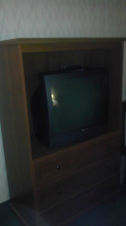 Shilo Inn Suites Hotel - Bend: Old TV