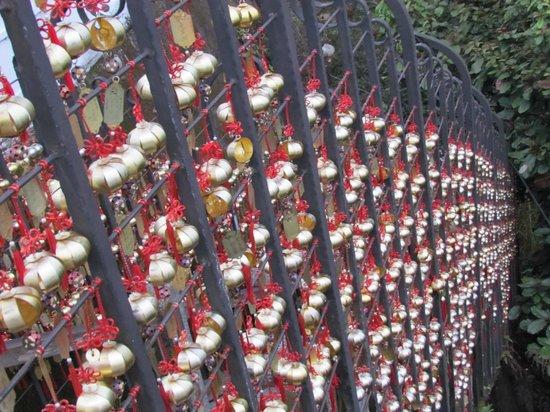 Wen Wu Temple: 年梯步道
