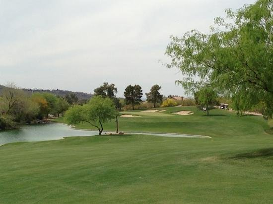 Lookout Mountain Golf Club: yes there is water in AZ