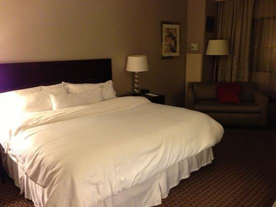 The Westin Southfield Detroit: guest room