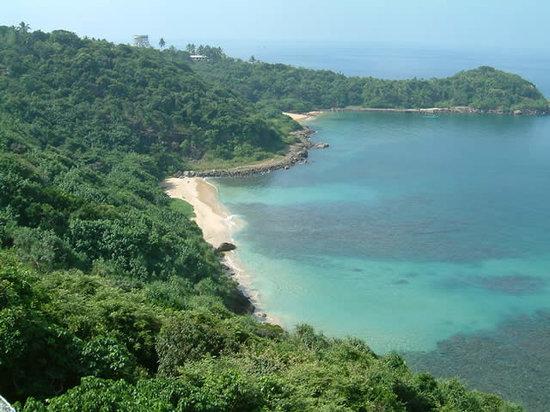 Buona Vista Villa Rumassala : Jungle beach