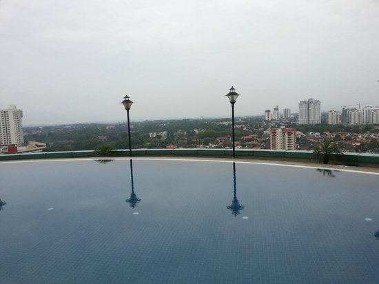 Hotel Grand Paragon: Swimming Pool