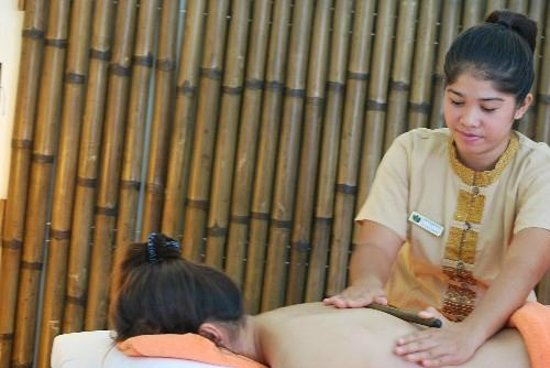 The Sunanda Spa : Bamboo Fusion Massage
