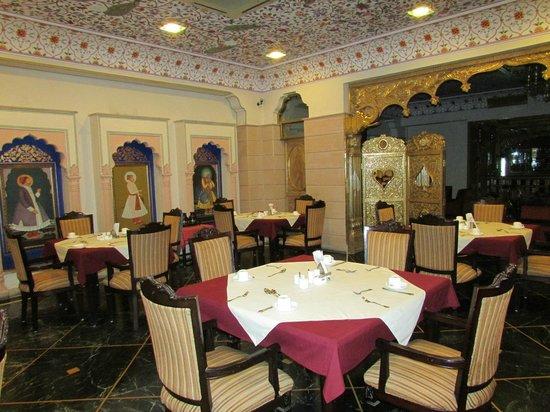 Umaid Mahal: Breakfast room